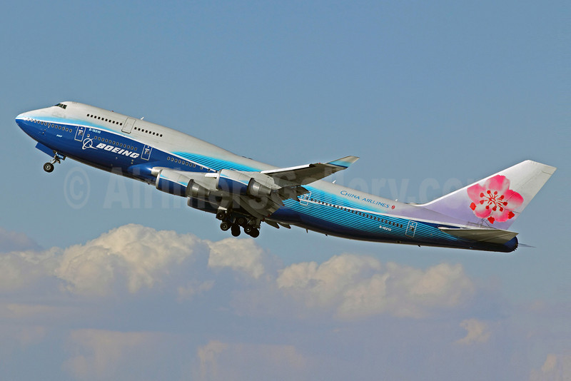 China Airlines Boeing 747-409 B-18210 (msn 33734) (Boeing colors) LAX (Michael B. Ing). Image: 907031.