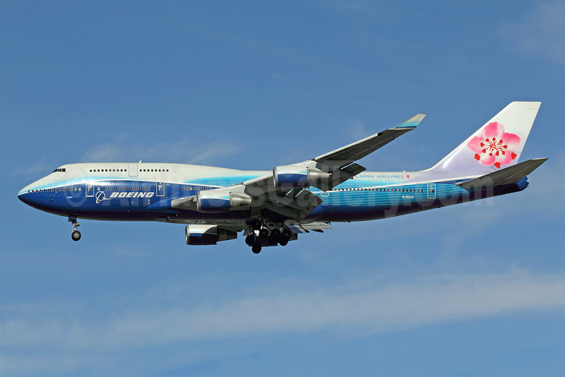 China Airlines Boeing 747-409 B-18210 (msn 33734) (Boeing colors) LAX (Michael B. Ing). Image: 908861.