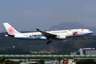 China Airlines Airbus A330-302 B-18355 (msn 1177) (Welcome to Taiwan) TSA (Manuel Negrerie). Image: 921109.
