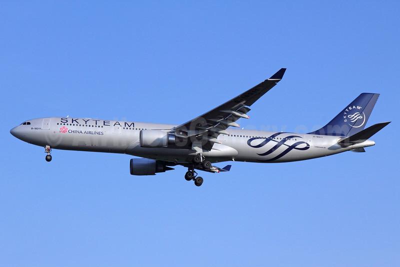 China Airlines Airbus A330-302 B-18311 (msn 752) (SkyTeam) BKK (Michael B. Ing). Image: 910290.