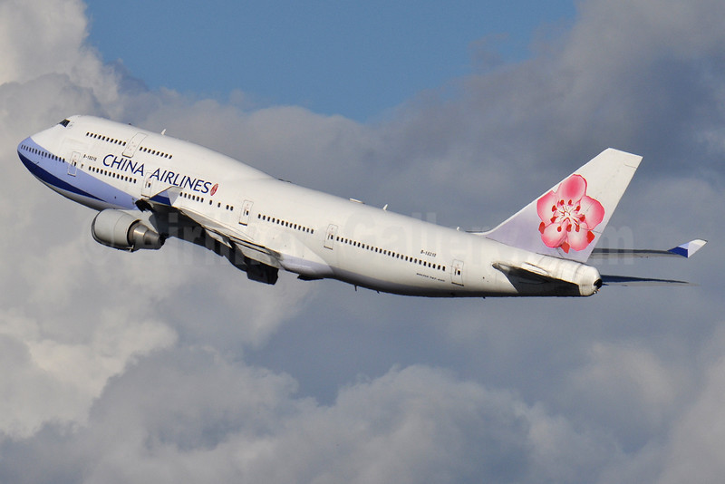 China Airlines Boeing 747-409 B-18210 (msn 33734) CTS (Robbie Shaw). Image: 933464.