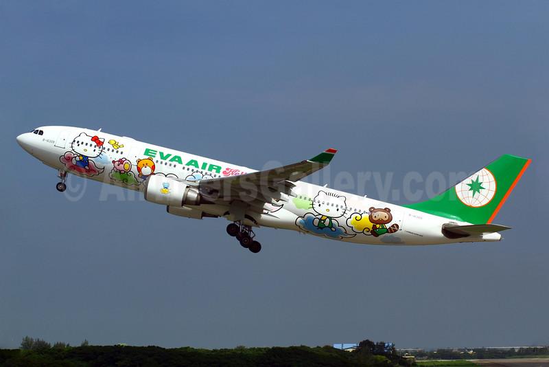 EVA Air Airbus A330-203 B-16309 (msn 661) (Hello Kitty - 5th) TPE (Manuel Negrerie). Image: 909185.