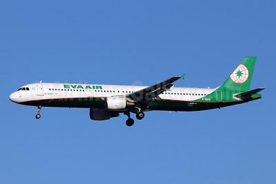 EVA Air Airbus A321-211 B-16201 (msn 5354) TSN (Michael B. Ing). Image: 947997.