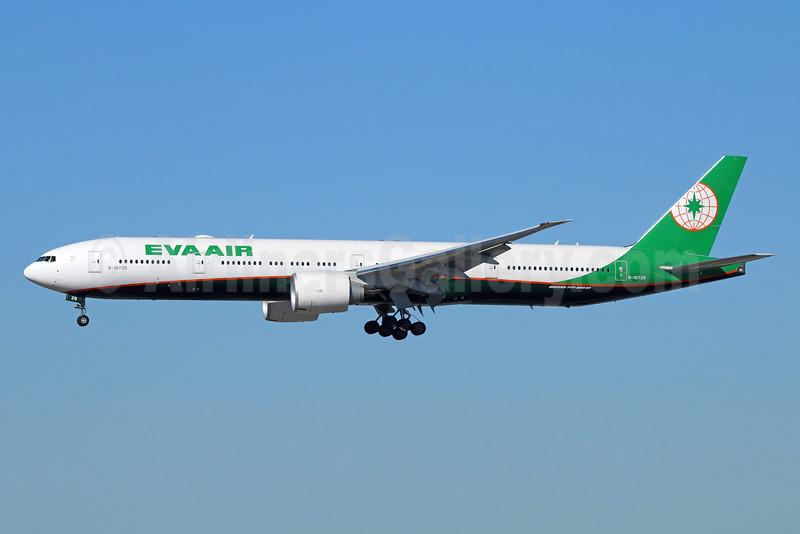 EVA Air Boeing 777-35E ER B-16726 (msn 44552) LAX (Michael B. Ing). Image: 931610.