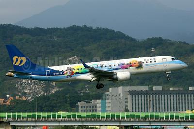 Mandarin Airlines Embraer ERJ 190-100 IGW B-16829 (msn 19000302) (Sun Moon Lake - Mount Jade) TSA (Manuel Negrerie). Image: 934417.