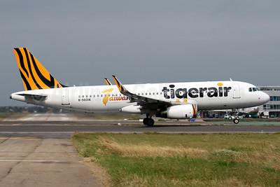 Tigerair Taiwan Airbus A320-232 WL B-50006 (msn 6604) TPE (Javier Rodriguez). Image: 941985.