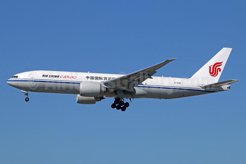 Air China Cargo Boeing 777-FFT B-2091 (msn 44682) LAX (Michael B. Ing). Image: 926661.