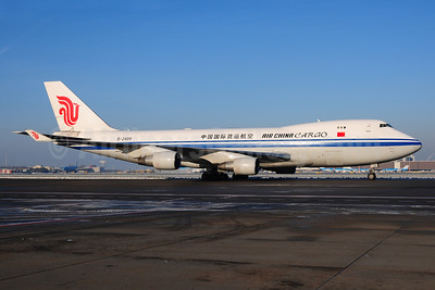 Air China Cargo Boeing 747-412F B-2409 (msn 26560) AMS (Ton Jochems). Image: 913234.