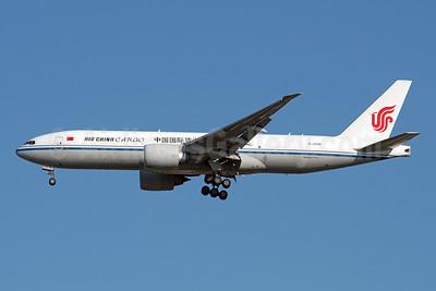 Air China Cargo Boeing 777-FFT B-2094 (msn 44685) JFK (Fred Freketic). Image: 948115.