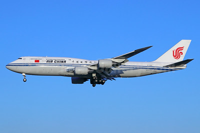 Air China Boeing 747-89L B-2480 (msn 41194) PEK (Michael B. Ing). Image: 939403.