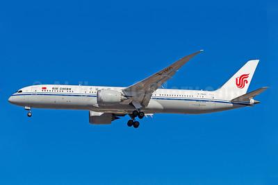 Air China Boeing 787-9 Dreamliner B-7800 (msn 34308) GRU (Rodrigo Cozzato). Image: 940384.