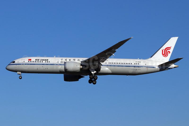 Air China Boeing 787-9 Dreamliner B-1469 (msn 34317) PEK (Michael B. Ing). Image: 944484.
