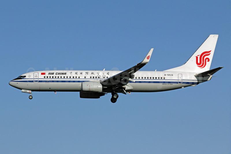 Air China Boeing 737-89L WL B-5518 (msn 36754) PEK (Michael B. Ing). Image: 907447.