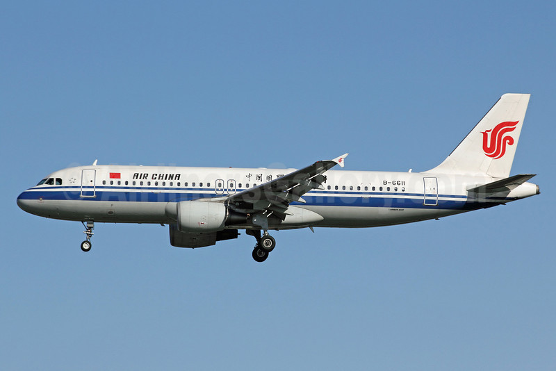 Air China Airbus A320-214 B-6611 (msn 3506) PEK (Michael B. Ing). Image: 907455.