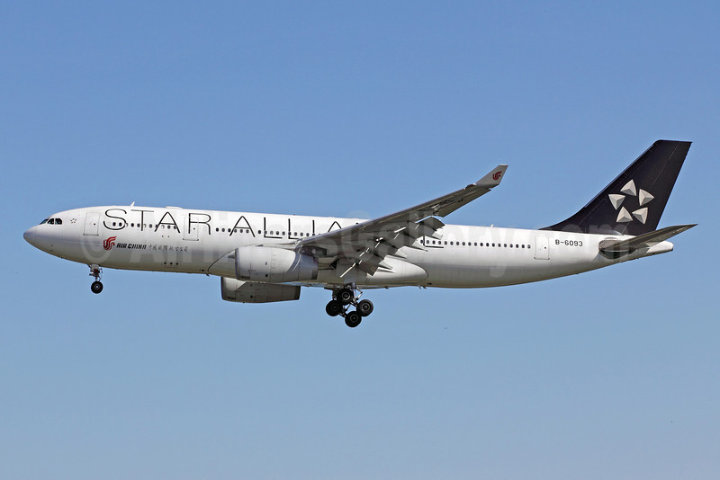 Air China Airbus A330-243 B-6093 (msn 884) (Star Alliance) PEK (Michael B. Ing). Image: 907462.