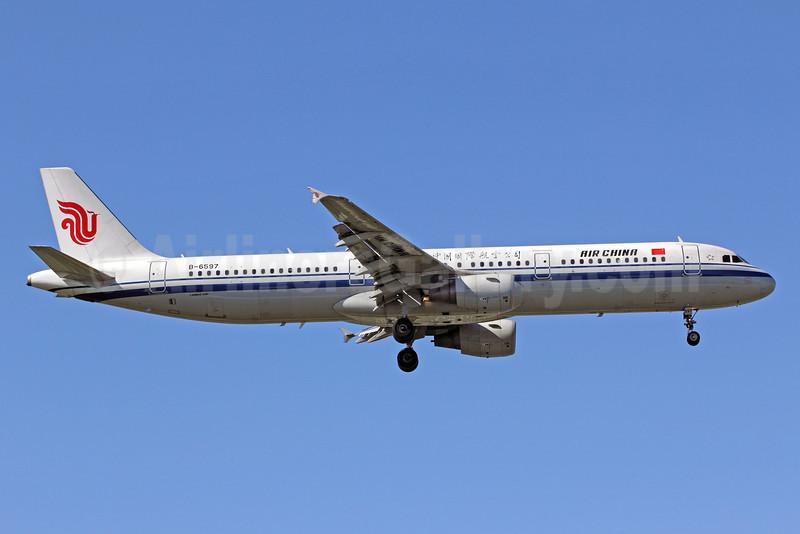 Air China Airbus A321-213 B-6597 (msn 4062) PEK (Michael B. Ing). Image: 907459.