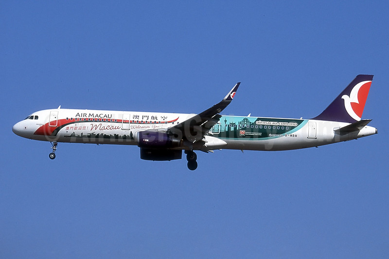 Air Macau Airbus A321-231 WL B-MBM (msn 6324) (Macau Welcomes You!) PEK (Robbie Shaw). Image: 929987.