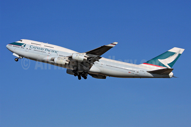 Cathay Pacific Airways Boeing 747-467 B-HOO (msn 23814) LHR (Keith Burton). Image: 902327.