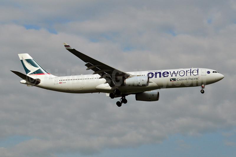 Cathay Pacific Airways Airbus A330-343 B-HLU (msn 539) (Oneworld) BKK (Ken Petersen). Image: 909095.
