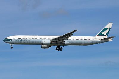 Cathay Pacific Airways Boeing 777-367 B-HNK (msn 27510) NRT (Michael B. Ing). Image: 935602.