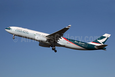 Cathay Pacific Airways Airbus A330-342 B-LAD (msn 776) (100th Aircraft) SYD (John Adlard). Image: 900132.