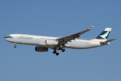 Cathay Pacific Airways Airbus A330-342 B-LAJ (msn 1163) DXB (Paul Denton). Image: 911297.