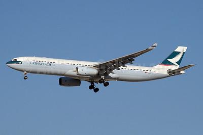Cathay Pacific Airways Airbus A330-342 B-LAJ (msn 1163) DXB (Paul Denton). Image: 911297.