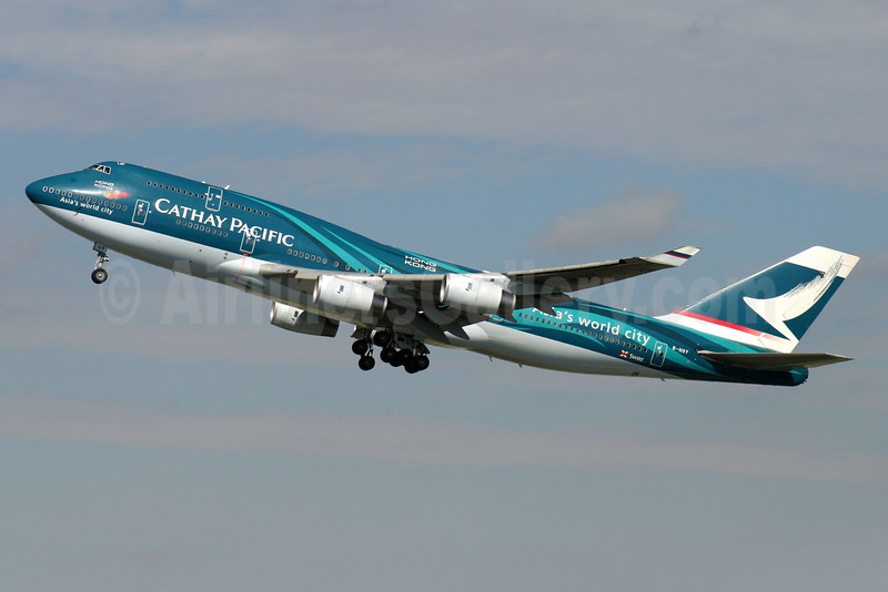 Cathay Pacific Airways Boeing 747-467 B-HOY (msn 25351) (Hong Kong-Asia's world city) LHR (Antony J. Best). Image: 900312.