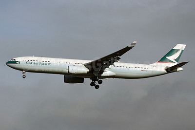 Cathay Pacific Airways Airbus A330-342 B-HLI (msn 155) SIN (Michael B. Ing). Image: 913240.