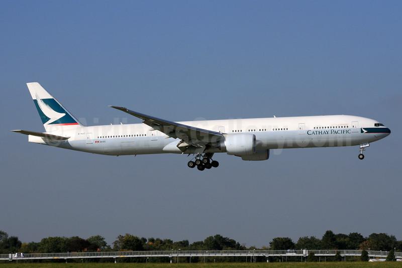 Cathay Pacific Airways Boeing 777-367 ER B-KQT (msn 41766) LHR (SPA). Image: 930478.