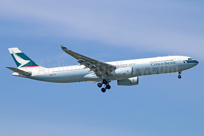 Cathay Pacific Airways Airbus A330-343 B-LBJ (msn 1618) BKK (Michael B. Ing). Image: 935610.