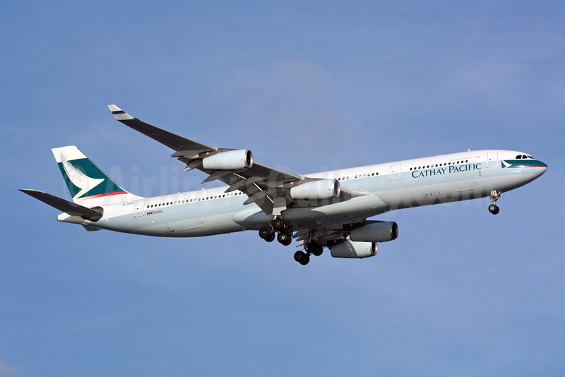 Cathay Pacific Airways Airbus A340-313 B-HXA (msn 136) SIN (Michael B. Ing). Image: 900951.