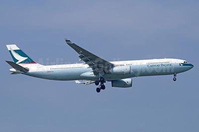 Cathay Pacific Airways Airbus A330-343 B-LBA (msn 1409) BKK (Michael B. Ing). Image: 940502.