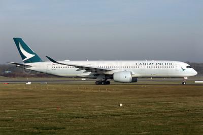 Cathay Pacific Airways Airbus A350-941 B-LRA (msn 029) LGW (Antony J. Best). Image: 937167.
