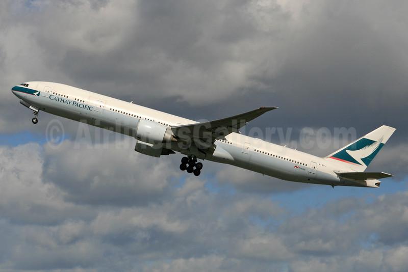 Cathay Pacific Airways Boeing 777-367 ER B-KPJ (msn 36157) LHR (SPA). Image: 935282.