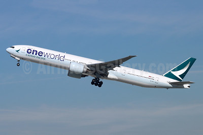 Cathay Pacific Airways Boeing 777-367 ER B-KQI (msn 41429) (Oneworld) LAX (Michael B. Ing). Image: 948758.