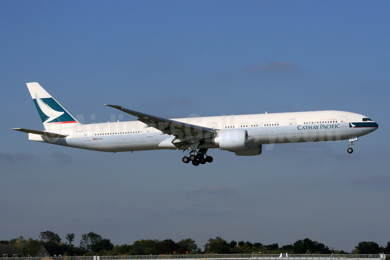 Cathay Pacific Airways Boeing 777-367 ER B-KQP (msn 41758) LHR (SPA). Image: 930477.