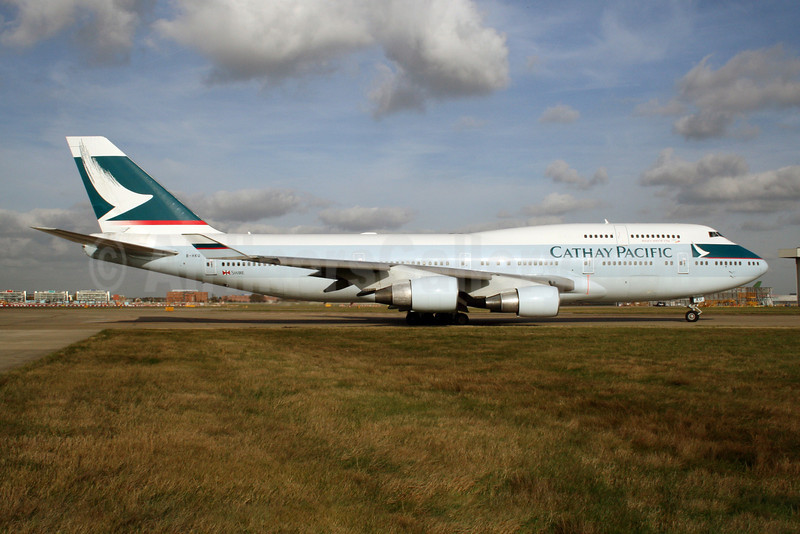 Cathay Pacific Airways Boeing 747-412 B-HKU (msn 27069) LHR (Dave Glendinning). Image: 908452.