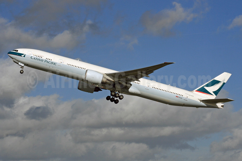 Cathay Pacific Airways Boeing 777-367 ER B-KPE (msn 36156) LHR (SPA). Image: 926103.
