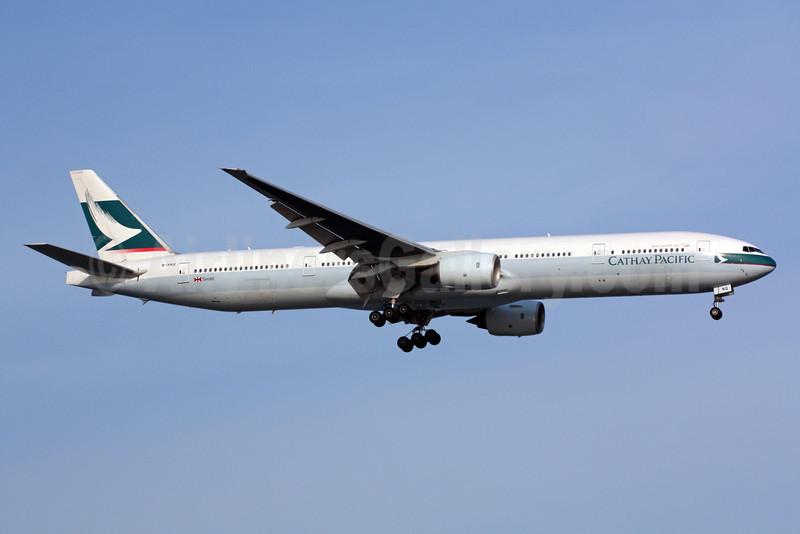 Cathay Pacific Airways Boeing 777-367 B-HNQ (msn 34244) SIN (Michael B. Ing). Image: 900949.