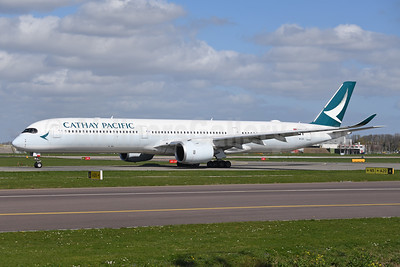 Cathay Pacific Airways Airbus A350-1041 B-LXI (msn 262) AMS (Ton Jochems). Image: 946131.