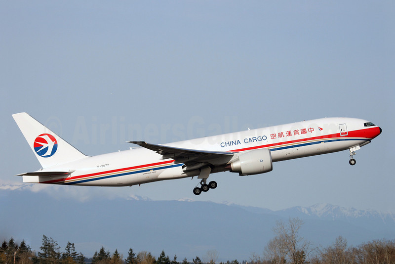 China Cargo Airlines Boeing 777-F6N B-2077 (msn 37713) PAE (Nick Dean). Image: 904702.