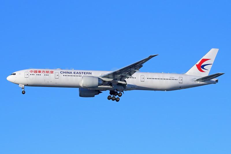 China Eastern Airlines Boeing 777-39P ER B-2022 (msn 43274) LAX (Michael B. Ing). Image: 931536.