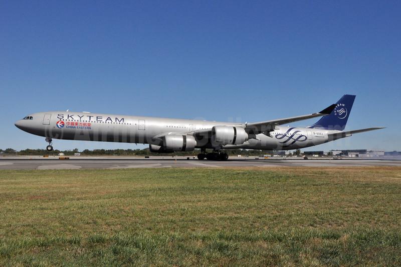 China Eastern Airlines Airbus A340-642 B-6053 (msn 577) (SkyTeam) JFK (Stephen Tornblom). Image: 909484.