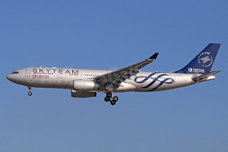 China Eastern Airlines Airbus A330-243 B-6538 (msn 1267) (SkyTeam) LAX (Michael B. Ing). Image: 934723.