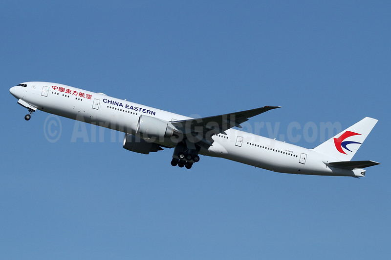 China Eastern Airlines Boeing 777-39P ER B-7883 (msn 43284) PAE (Nick Dean). Image: 938090.