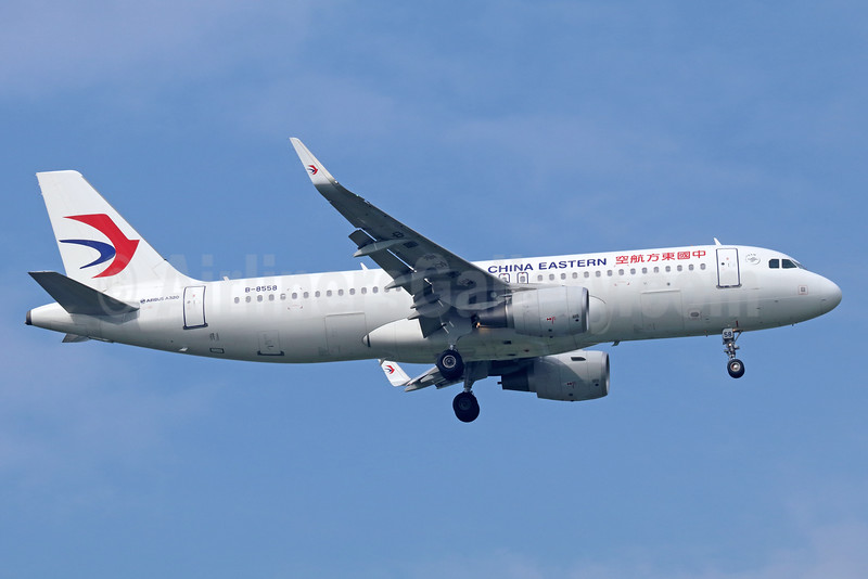 China Eastern Airlines Airbus A320-214 WL B-8558 (msn 7168) BKK (Michael B. Ing). Image: 936191.