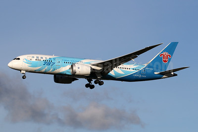 China Southern Airlines Boeing 787-8 Dreamliner B-2736 (msn 34929) LHR (SPA). Image: 944683.