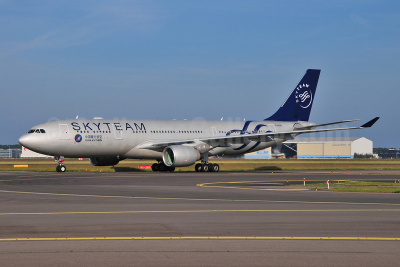 China Southern Airlines Airbus A330-223 B-6528 (msn 1202) (SkyTeam) AMS (Ton Jochems). Image: 906777.