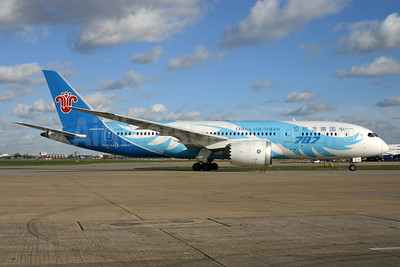 China Southern Airlines Boeing 787-8 Dreamliner B-2736 (msn 34929) LHR. Image: 938561.